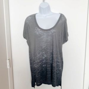 BCBGMaxazria Oversize Scoop neck tee in grey Sz. S
